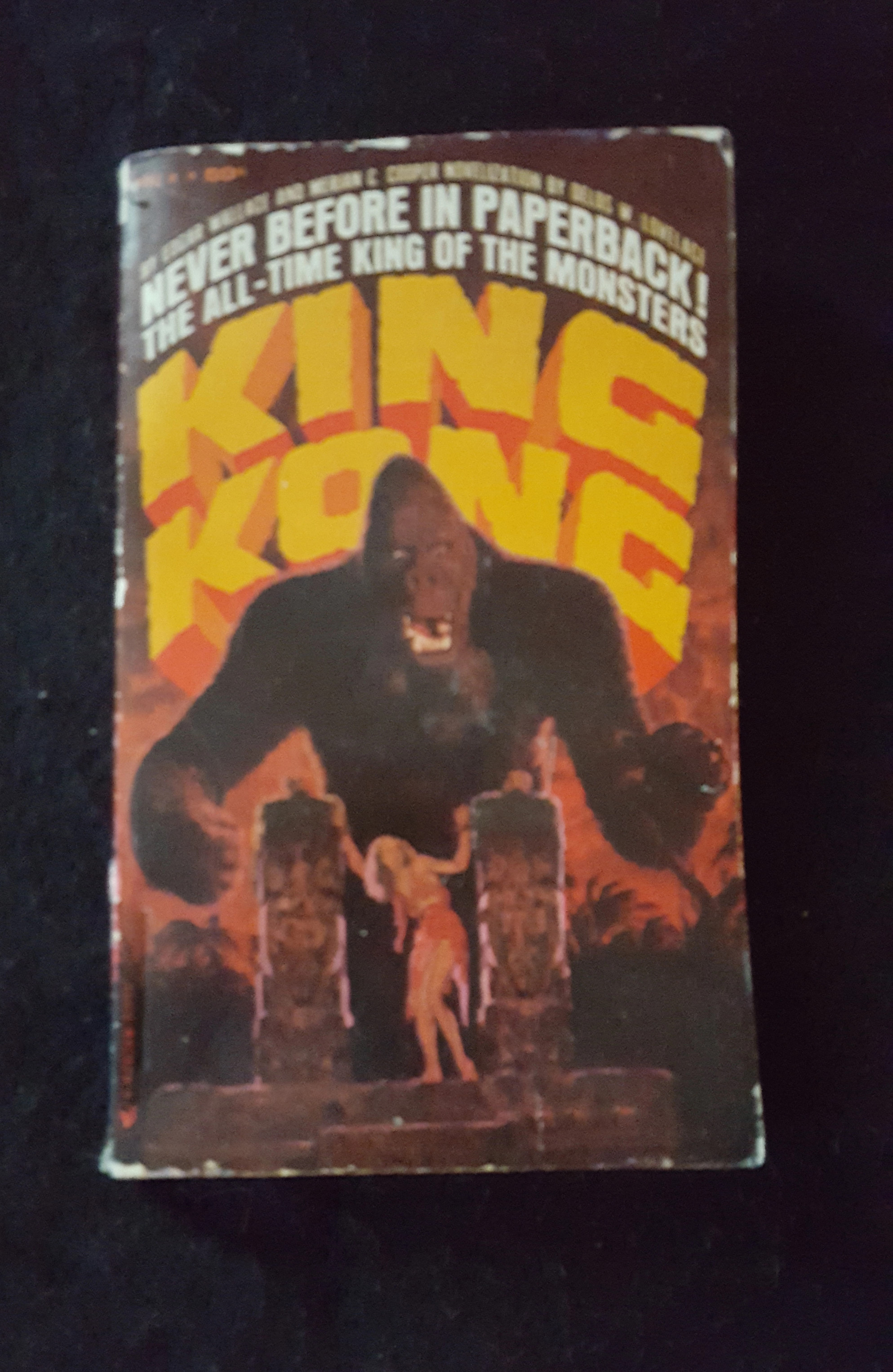 1965 Vintage First Printing KING KONG Paperback Pocket Book (Personal collection of Ray Ferry)