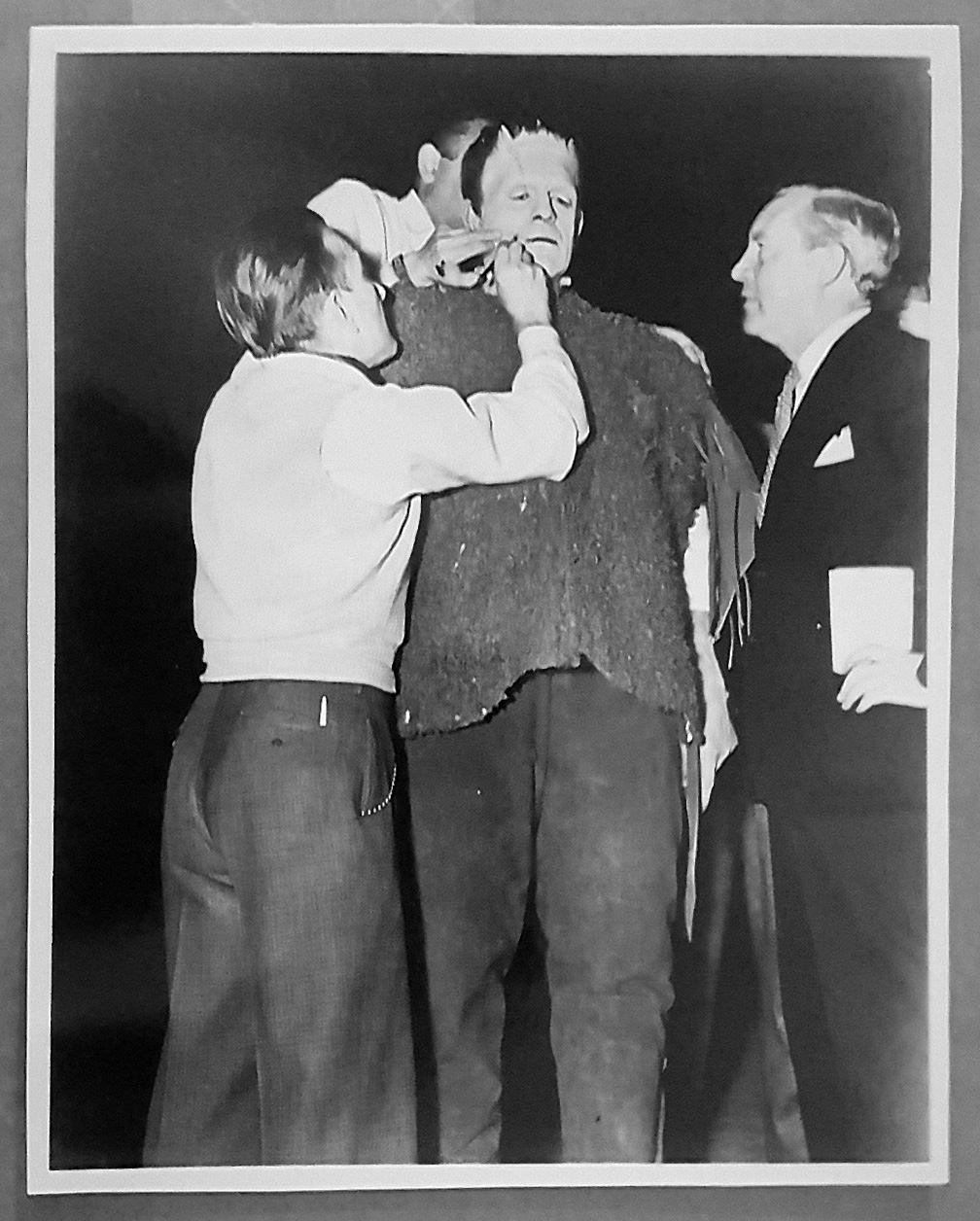 SON OF FRANKENSTEIN (1939) 8x10 Original File Photo 16